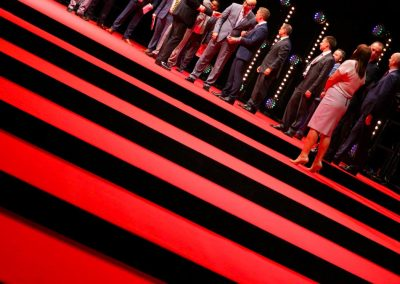 red-carpet-steps-to-tage