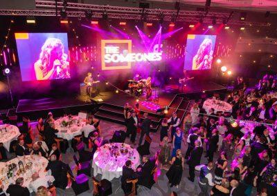 7131-hoseason-awards-video-screens-brighton